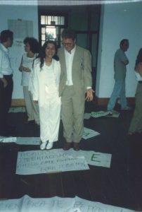 Regina Casé com Peter Fry, no concurso para professor titular, Instituto de Filosofia e Ciências Sociais da UFRJ, 1995