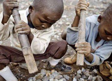 AS MINAS DO CONGO: HÁ SANGUE EM SEU SMARTPHONE