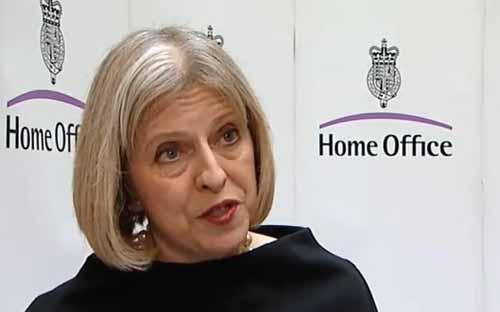 Theresa May, futura primeira-ministra, nos seus tempos de Home Office