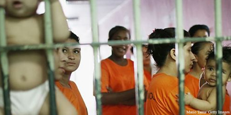 Mulheres na prisão - www.declaracao1948.com.br
