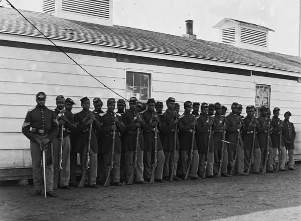 Tropa de soldados negros
