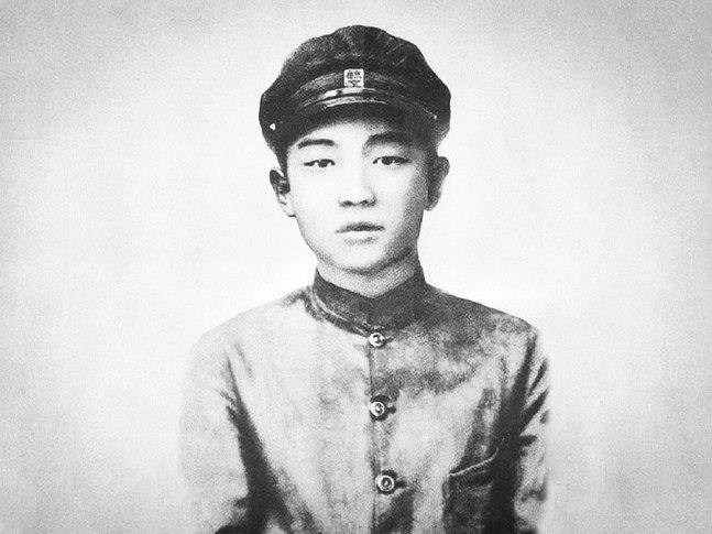 Kim Il Sung jovem