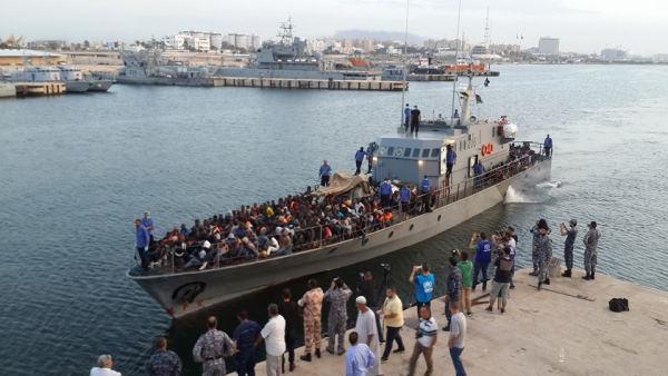 Resgate guarda costeira líbia