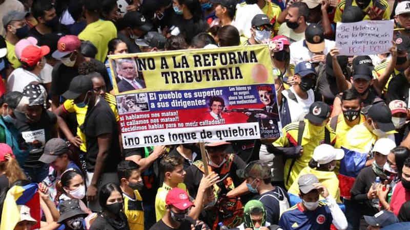 manifestação contra reforma tributária