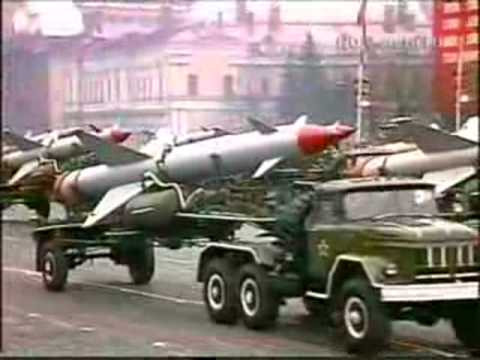 mísseis parada militar